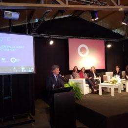 Conferencia La mujer en la Agro Industria (13)